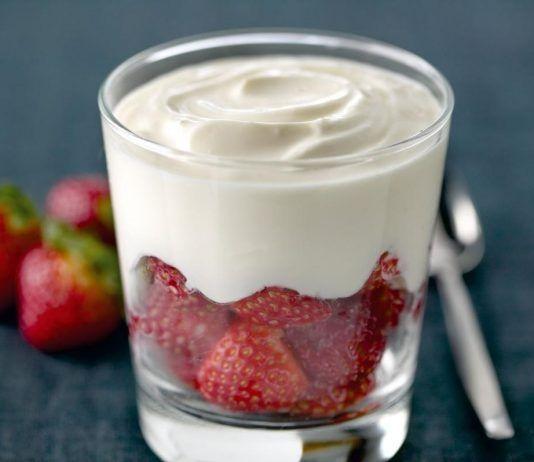 Yogur con fresas