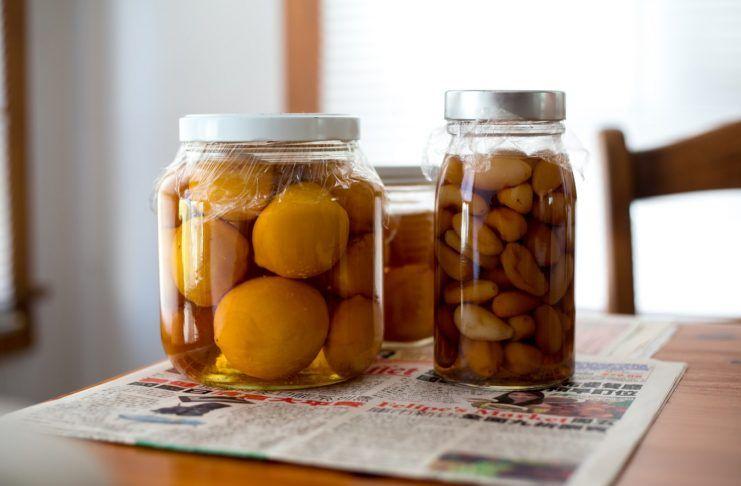 Conservas de fruta y ajo